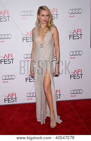 LOS ANGELES - NOV 03:  Naomi Watts arriving to