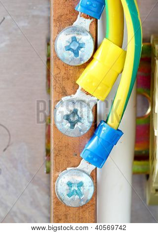 Electrical Wire With Bolt