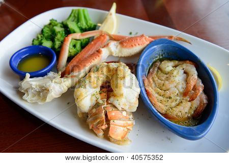 Seafood Combo Dinner