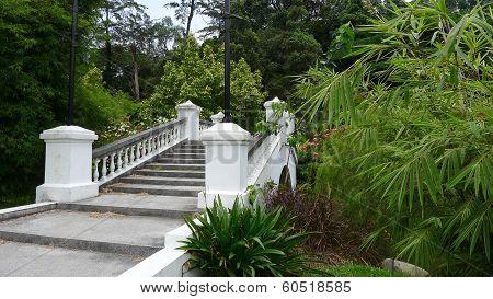 Perdana Lake Gardens