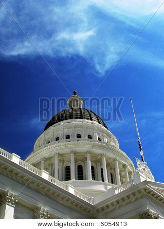 Capitol Building In Sacramento Ca