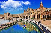 picture of mary  - beautiful Plaza de Espana - JPG