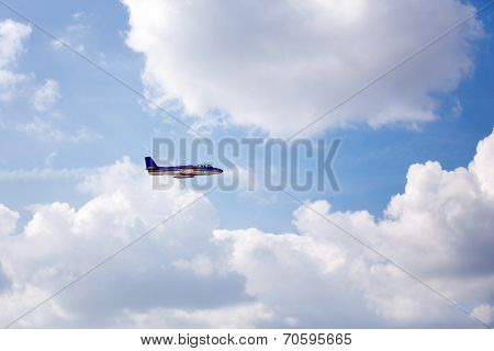 airplane flying on air show