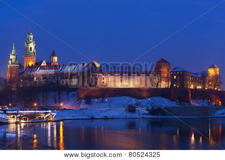 View of the Wawel castle and the Vistula River in Krakow