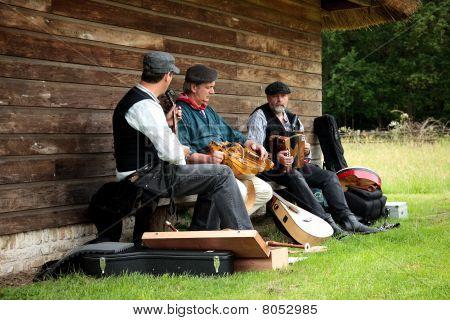 Folklore Musicians