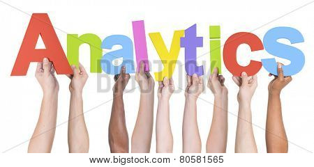 Hand Raised Big Data Analytics Patterns Research Concept