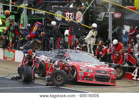 Bristol, TN - Apr 19, 2015:  Kurt Busch (41) brings his car in for service during the Food City 500 at Bristol Motor Speedway in Bristol, TN.