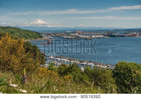 Port Of Tacoma And Mountain 4