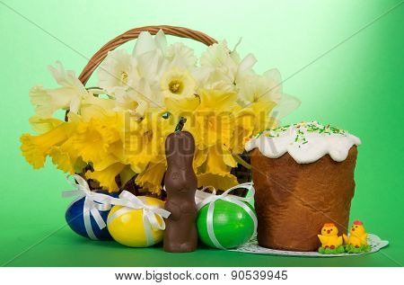 Easter cake, eggs and flowers