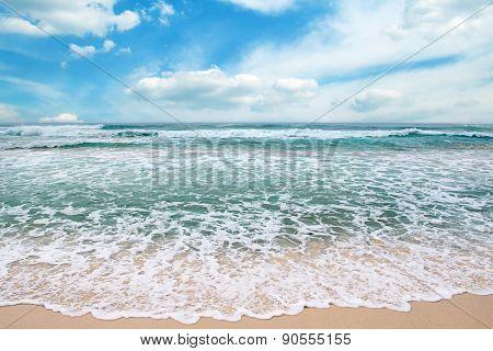 sea waves and blue sky