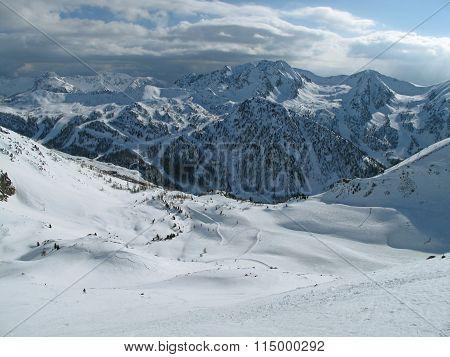 Ski resort Isola 2000