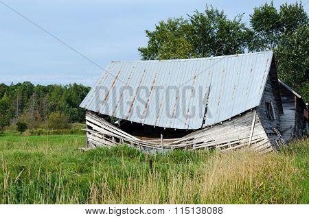 Ruins Old Barn