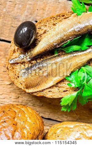 Burger With Sardines And Olives
