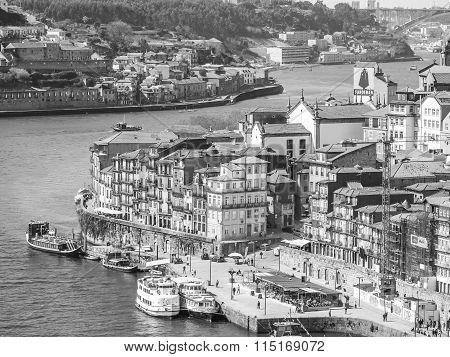 Porto In Black And White