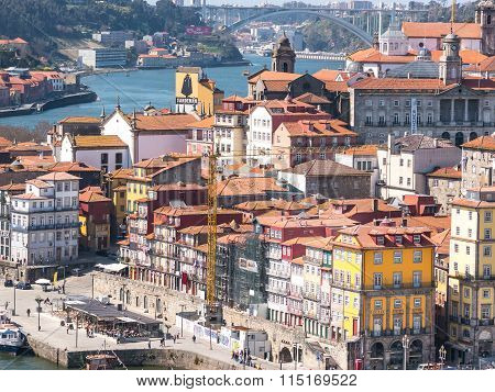 Sunny Day In The Ribeira