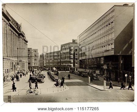Antique Photo Transport On A City Street