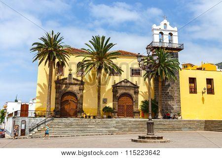 Garachico, Tenerife, Spain, 08 June 2015: Main Square In Garachico With Monastery Of San Francisco,