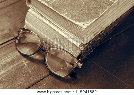 Vintage Reading Glasses And The Book Monochrome