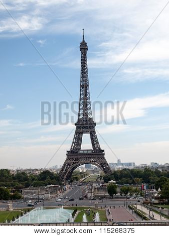 PARIS, FRANCE - SEPTEMBER 9, 2014: Eiffel Tower seen from fountain at Jardins du Trocadero