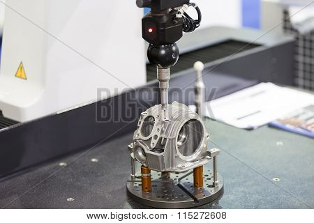 Inspection Automotive Head Cylinder Dimension