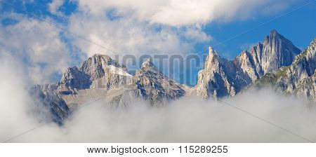 Peaks in Lescun Cirque. On the right Ansabere Aiguilles. Aspe Valley, Pyrenees, France.