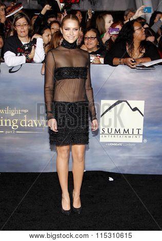 Teresa Palmer at the Los Angeles Premiere of