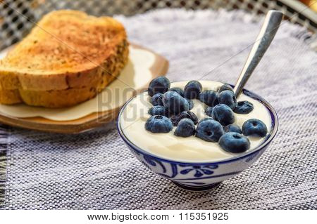 Blueberries With Yoghourt And Toasts