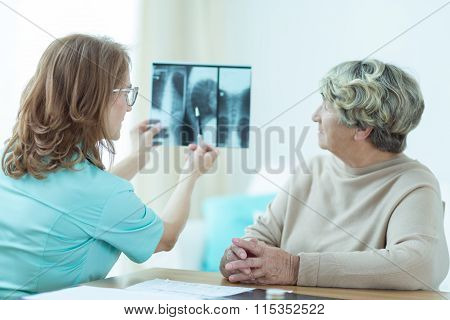 Elderly Woman Visiting A Dotcor