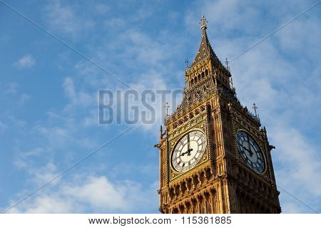 Famous Big Ben clock tower in Central London
