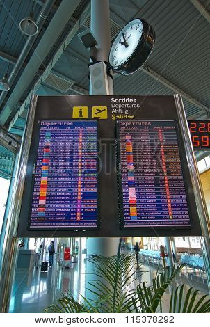 Airport Departure Timetable