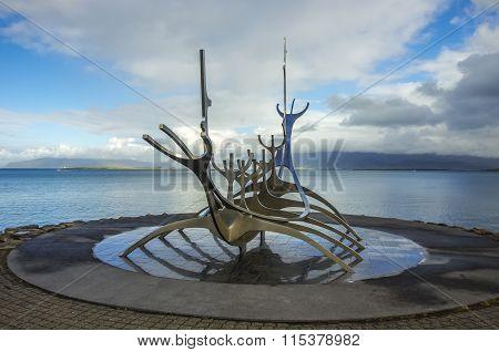 Scuplture Sun Voyager (Solfar) in Reykjavik