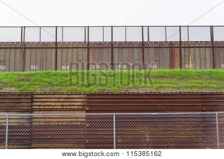 Fence Seperating Mexico From California United States Mexican Border