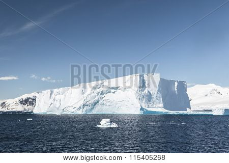 Travel by the research ship. Studying of climatic and weather changes in Antarctica. Snow and ices of the Antarctic islands.