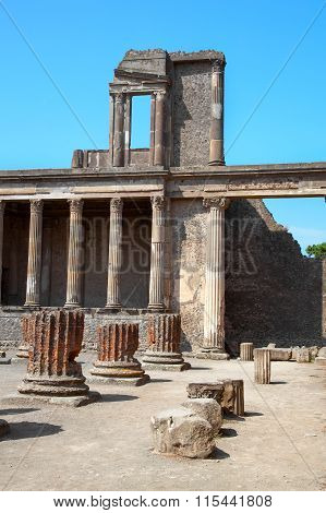 Pompeii, Italy. The Ruins Of The Roman City Of Pompeii. Pompeii, A Ruined Roman City Near Modern Nap