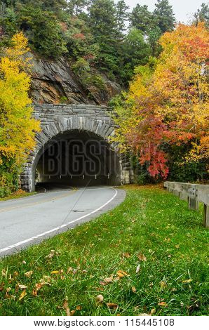 Rough Ridge Tunnel Vertical