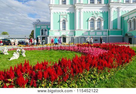 Territory Of Holy Trinity Seraphim-diveevo Convent Diveevo, Russia