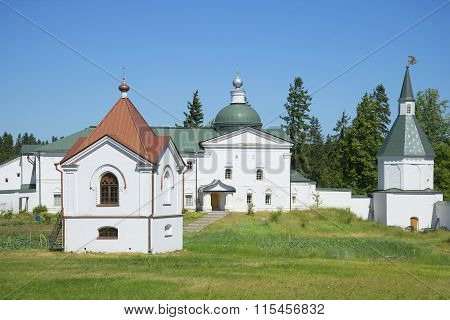 Chapel-tomb and Church, svyatoozersky Valdai Iversky Bogoroditsky monastery