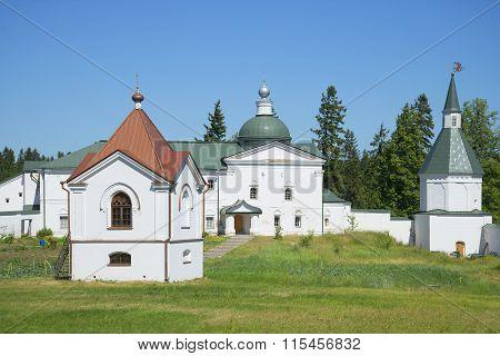 Chapel-tomb and Church, svyatoozersky Valdai Iversky Bogoroditsky monastery