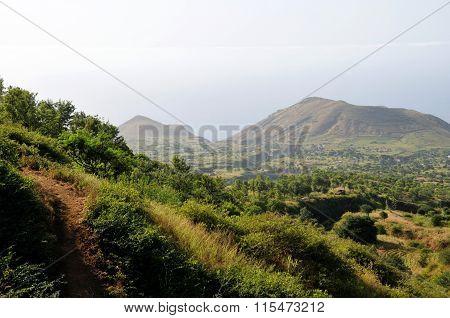 Achada Mentirosa In The Valley