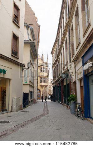 Rue Du Miroir