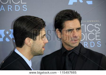 LOS ANGELES - JAN 17:  Josh Peck, John Stamos at the 21st Annual Critics Choice Awards at the Barker Hanger on January 17, 2016 in Santa Monica, CA