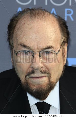 LOS ANGELES - JAN 17:  James Lipton at the 21st Annual Critics Choice Awards at the Barker Hanger on January 17, 2016 in Santa Monica, CA