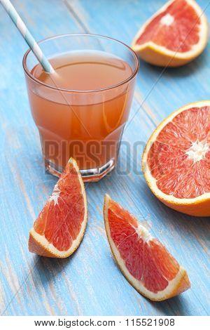 Grapefruit Juice And Fresh Grapefruit