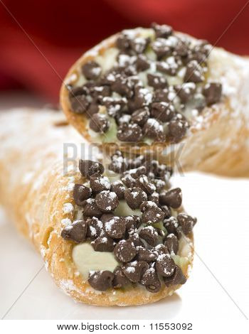 Cannoli com pepitas de Chocolate