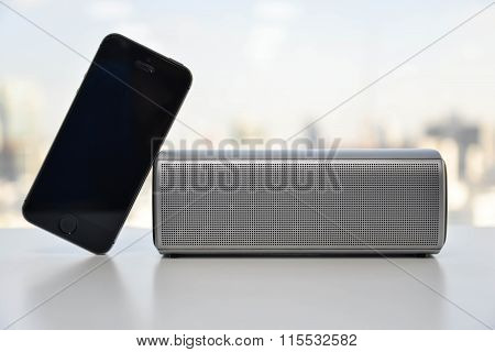 Wireless Speaker Connected To Mobile Phone