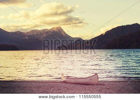 Canoe in Patagonia lake