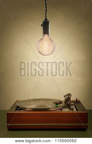 Vintage  Turntable And Edison Tipe Bulb