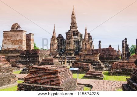Stupa and Pagoda in Wat Mahathat Temple, Thailand
