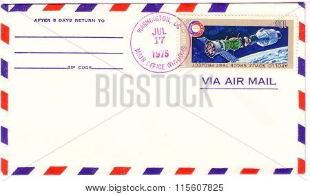 Usa - Circa 1975: Postage Stamp Printed In Usa, Shows Space Flight Soyuz Apollo Test Project With Sp