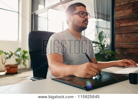 Photo Editor Using Graphics Tablet In Office